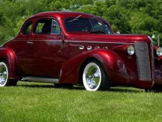 1937 Buick w/ White Wall Tires
