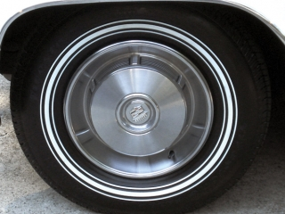 Cadillac Specialty White Wall Tires