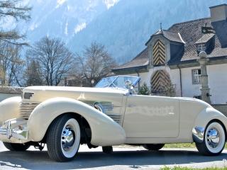 Classic Car w/ White Walls