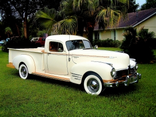 1946 Truck w/ White Wall Tires 3