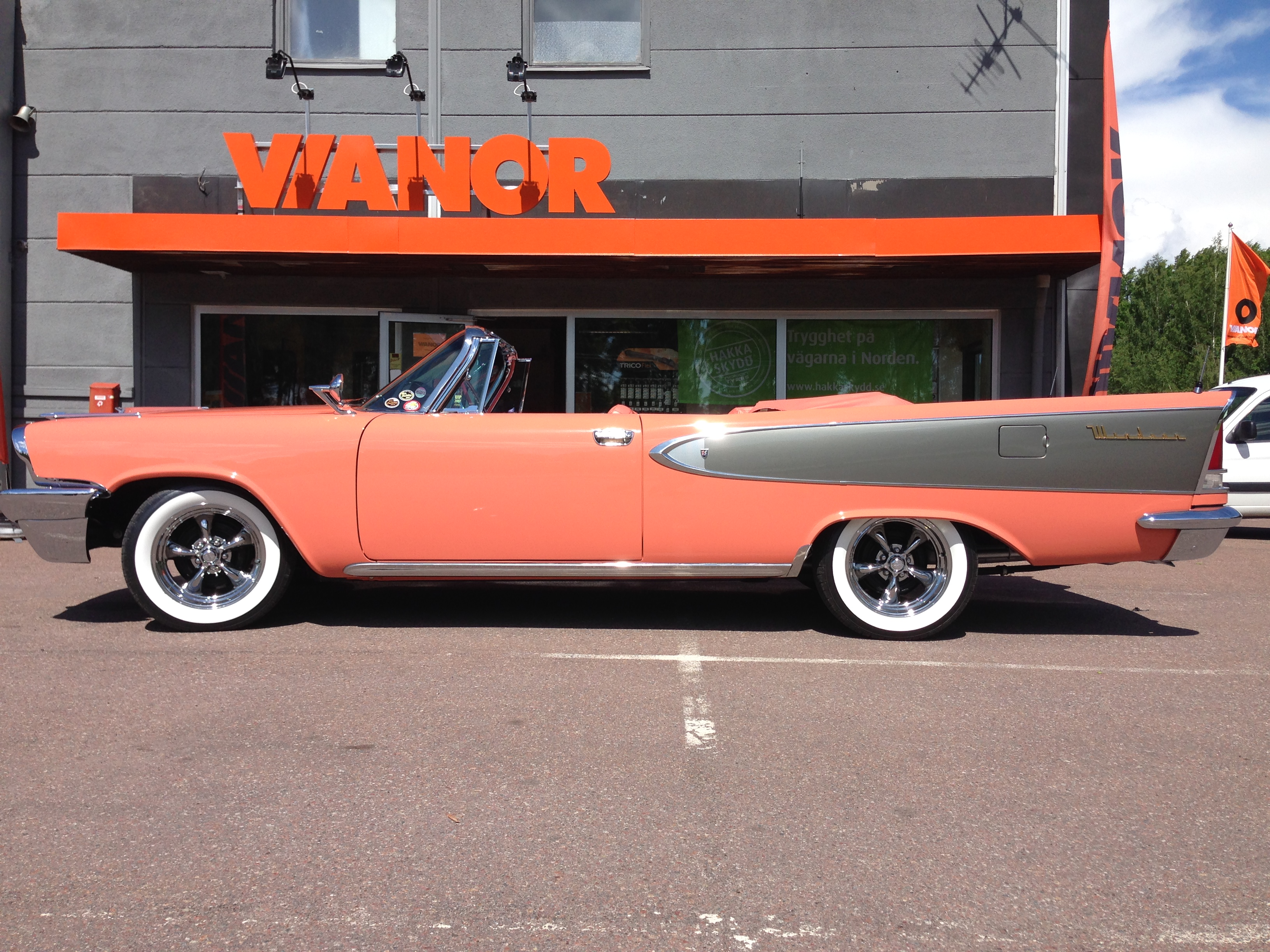 1958 Windsor White Wall Tires